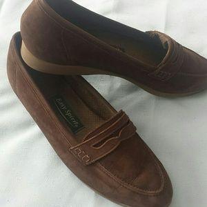 Ladies Easy Spirit  Loafers  Flats
