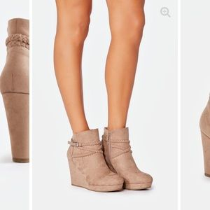 8.5 Tan wedges brand new just opened never worn