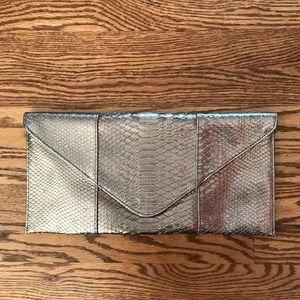 URBAN EXPRESSIONS  Silver Clutch Bag