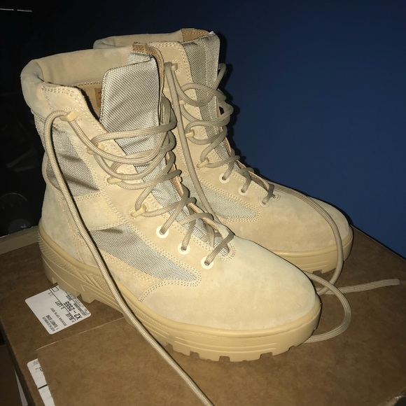 9c8fffd17ace2 Yeezy Season 4 Military Combat Boots 10.5. M 5a242f79a88e7df0bb07fb73
