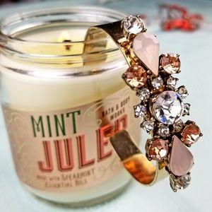 Gold Tone Feminine & Classy Cuff Bracelet