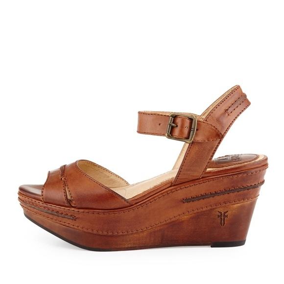 10c76ea3f07 Frye Shoes - Frye Carlie Seam Leather Wedge Sandal - Brown