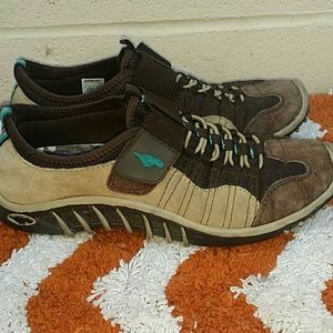 Rocket dog suede sneakers shoes velcro size 6