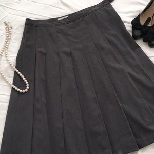 Isaac Mizrahi Grey Pleated Below Knee Skirt