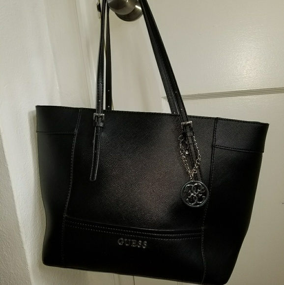 Guess Handbags - Large black Guess bag! 5a9b0845079a8