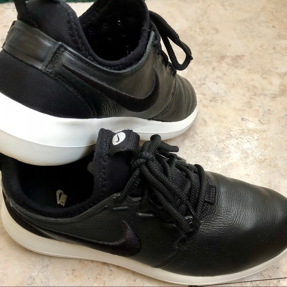 sports shoes 4c7b2 a802c Women's Nike Roshe 2 Premium Leather Black