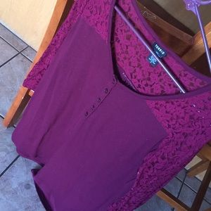 Torrid long sleeve soft t shirt lace sleeve