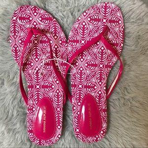 NWOT Banana Republic Pink Flip Flops