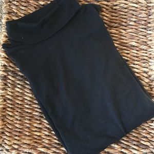 Sonoma Lightweight black knit turtleneck