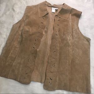 🎈100% Leather Tan Open Vest Punch Out Detail Boho
