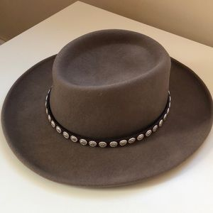 Accessories - Western Style Hat