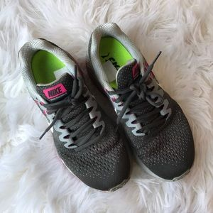 Shoes - Nike sneakers gray and pink, women's 8.5