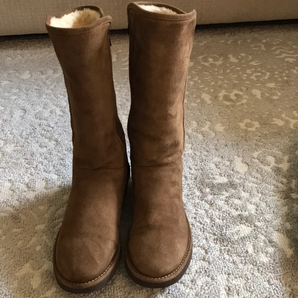 c88bd6d6d0f Ugg women's Abree II boot size 7 Bruno