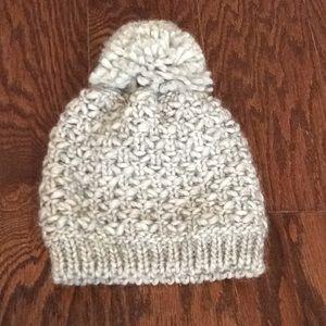 Gelso Bianco Pom Pom winter hat