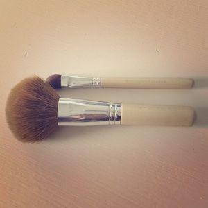 Bare Escentuals makeup brush bundle