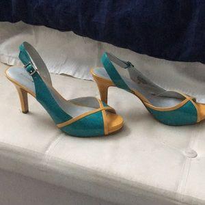 2.5 inch Bandolino heels