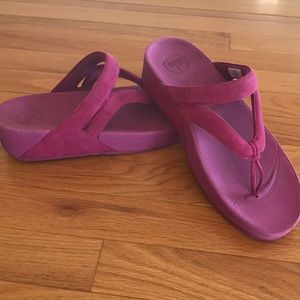 FitFlop Whirl Thong Sandals, Grape 🍇 Sz 10