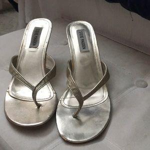 Steve Madden thong heel