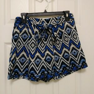 Monteau high waisted shorts shorts - ikat design