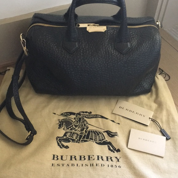 Burberry Handbags - ‼️FINAL PRICE ⬇ ‼️BURBERRY SIGN ALCHESTER BOWLING cc39c15e0dbc7