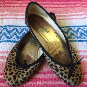 Leopard calf hair London Sole flats 39 US 8