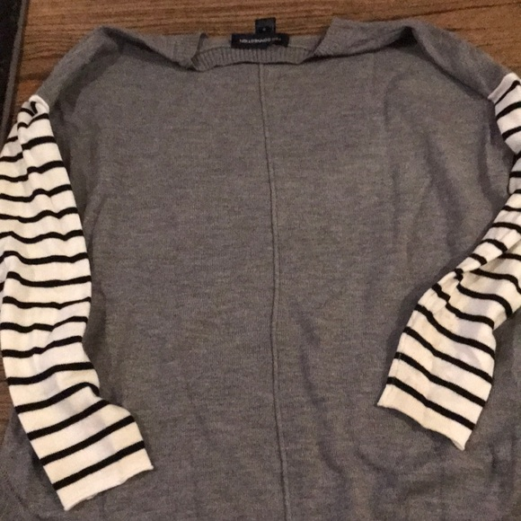 French Connection Sweaters - FRENCH CONNECTION SWEATER gray with b/w stripe Slv