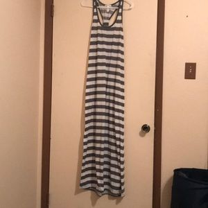 Grey and white maxi dress! Super comfortable!