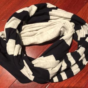 Vince infinity scarf