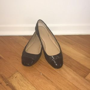 Ann Taylor quilted black ballet flats