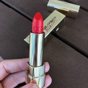 Dolce & Gabbana Voluptuous Lipstick