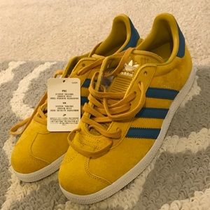 Adidas Gazelle Yellow and Blue Womens Size 7.5