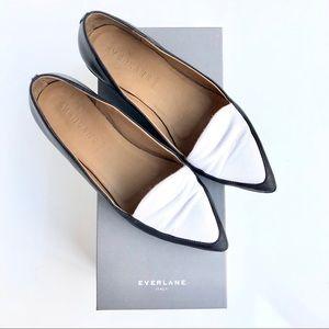 🆕Everlane Modern Point Loafer Black & White