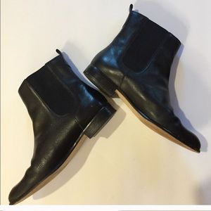 Lands End Leather Black Chelsea boots