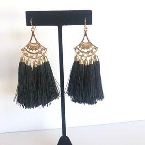 Jewelry - Boho style Tassel earrings