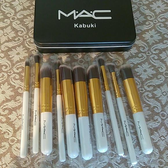mac Other - Mac brush set 12 piece kabuki