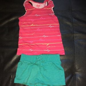 """2pc """"hope peace love"""" tank with shorts"""