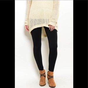 🆕 Black Fleece Lined Leggings NWT OSFA