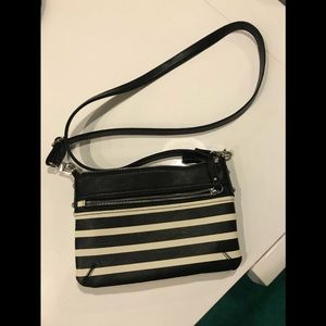Messenger style purse