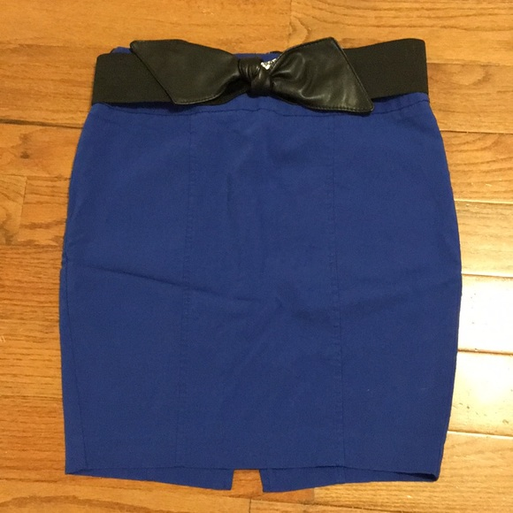 Maurices Dresses & Skirts - Stretch Pencil Skirt