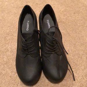 High heel wedge boots