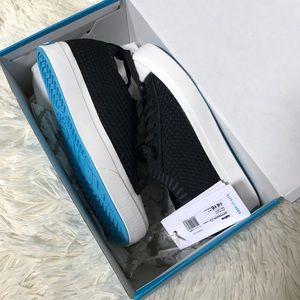 Brand New Native sneakers!! Sz 6!!