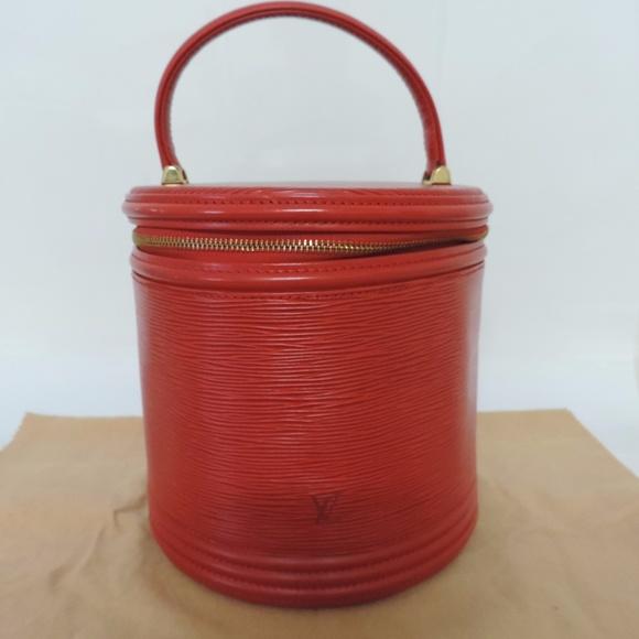 46875ac41140 Louis Vuitton Handbags - LOUIS VUITTON Cannes Vanity Hand Bag Epi Leather