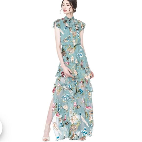 198b4bf04 Alice + Olivia Dresses | 1 Day Sale Alice Olivia Lessie Floral Dress ...