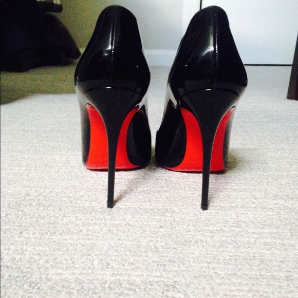 46f0a7fecc3 Christian Louboutin Pigalle - Size 37 (US 7) NWT