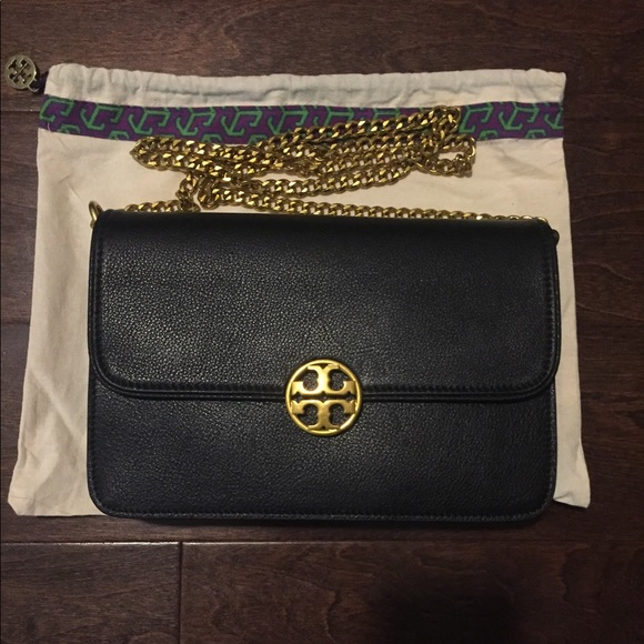 07e00fe21ea6 Authentic Tory Burch Chelsea handbag. M 5a24b9124e95a379fe0ac07d