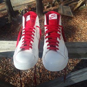 Nike Blaze SP Men's Shoe's size 9