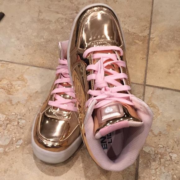 Skechers Shoes | Skechers High Gold