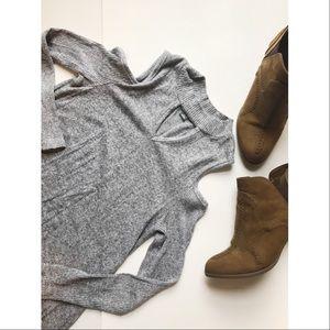 Grey Cold Shoulder Sweater 🎀