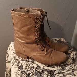 Steve Maddel Leather Camel Lace-up Boots