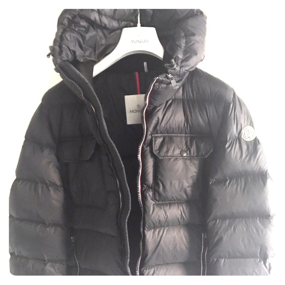Details about Moncler Demar Men's Quilted Jacket w Downfeather Fill Smallmedium Sz 2 NWT
